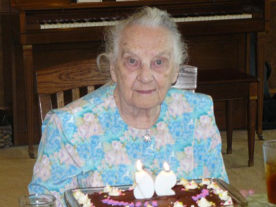 Doris turns 90