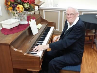 Elton at the piano