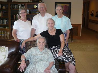 Carrol Bush, Charles and Mary Lou Lewis with Sandra and Doris