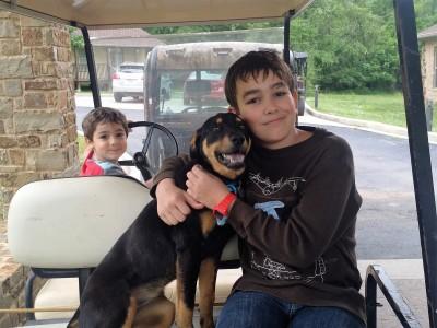 Hawkins kids with Sandy